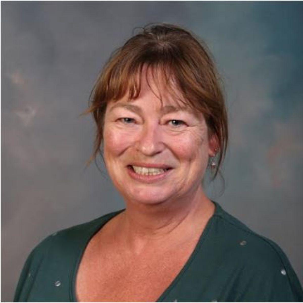 Ms S. Kavanagh