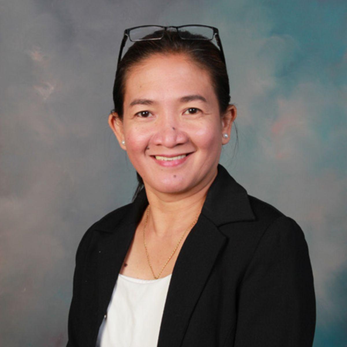 Ms M. Flores